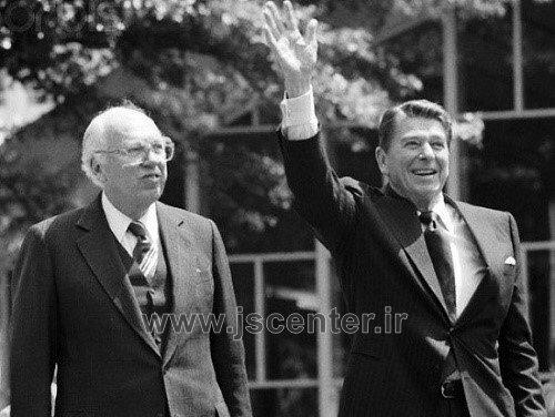 رونالد ریگان و ویلیام کیسی