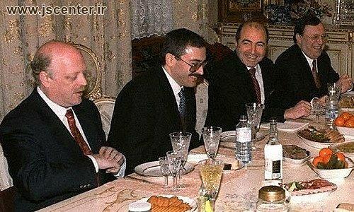 بوریس برزوفسکی ، ولادیمیر گوزینسکی ، میخایل خودورکوفسکی