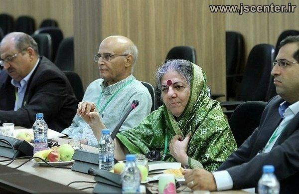 واندانا شیوا در تهران