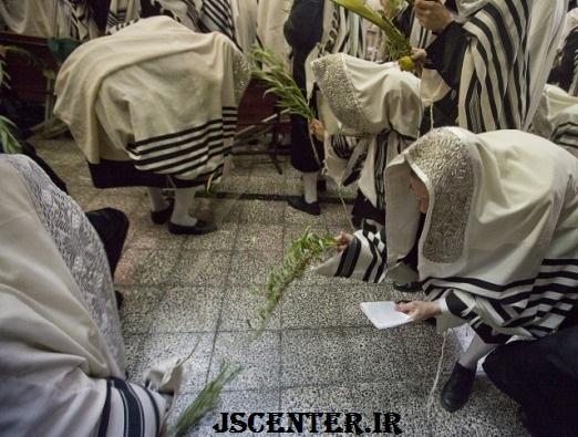 مراسم به زمین زدن شاخههای بید