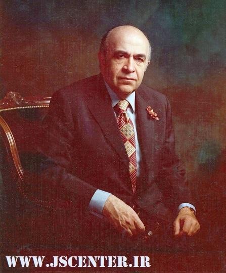 امیرعباس هویدا نخستوزیر بهایی