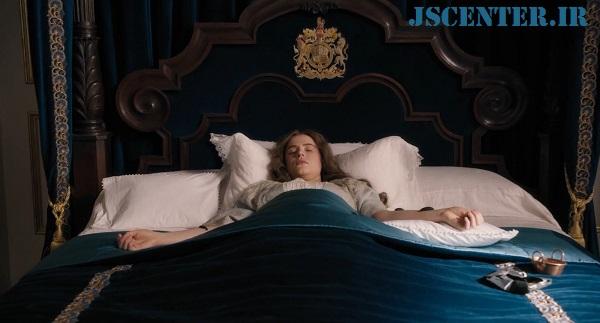 ملکه الیزابت در بستر بیماری در فیلم دولیتل
